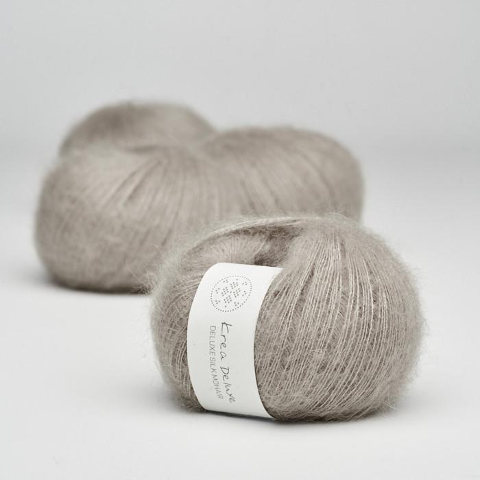 Deluxe Silk Mohair - Krea Deluxe in der Farbe 19 Warmes Grau